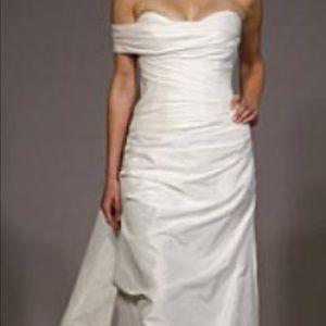 Romona Kevaza wedding dress